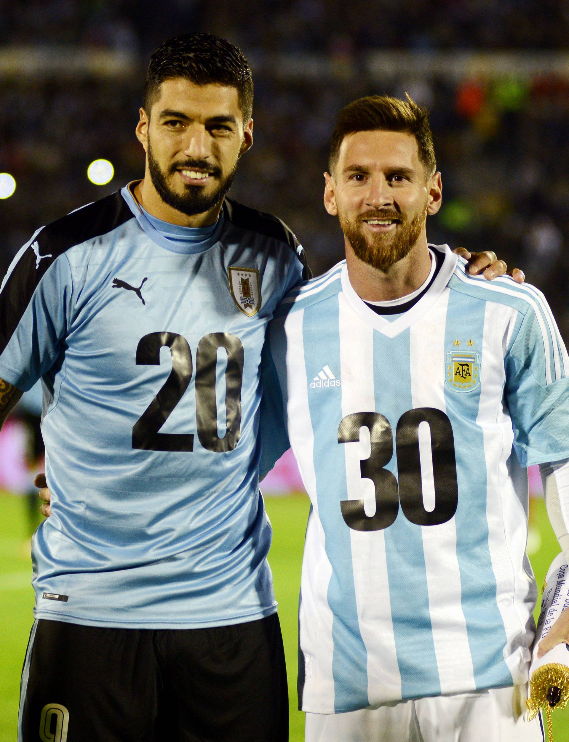 Soccer Football - 2018 World Cup Qualifiers - Uruguay v Argentina