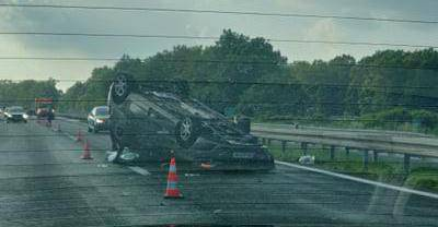 Teška nesreća na autocesti kod Ivanić Grada, troje ozlijeđenih