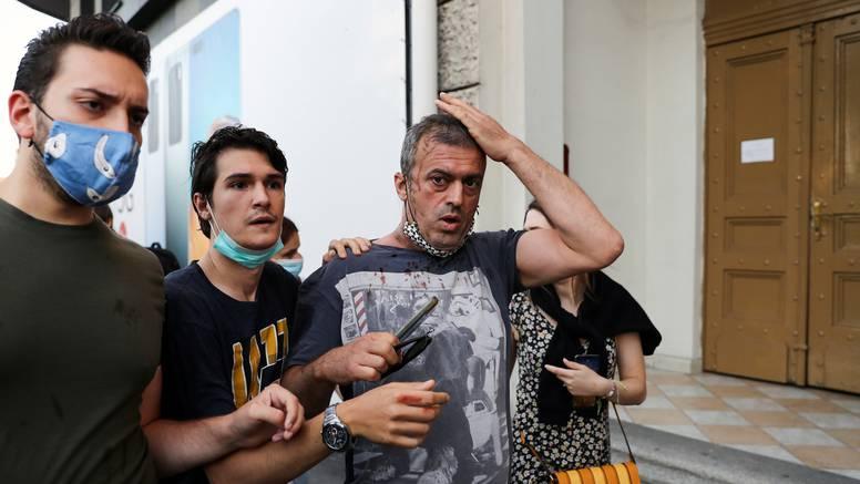 Sergeju Trifunoviću su razbili glavu: 'A samo sam došao kako bih iskazao podršku prosvjedu'