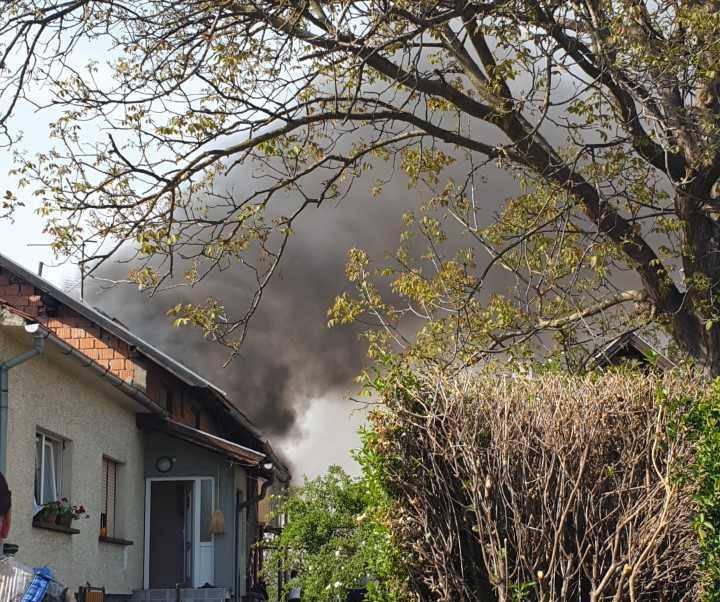 Koprivnica: Vatra je buknula u šupi i proširila se na automobil