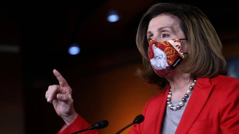 Pelosi najavila osnivanje istražnog povjerenstva o krvavom napadu na Capitol