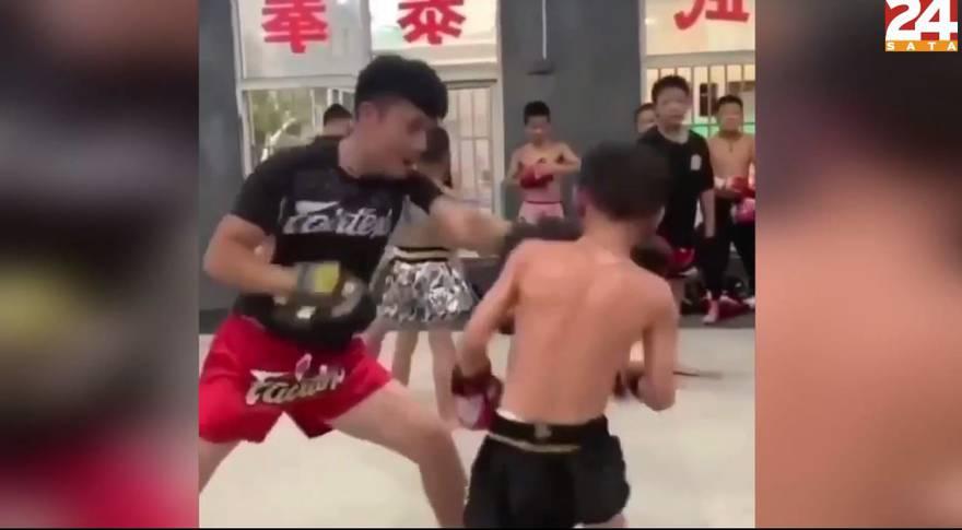 Karate kid: Dječak izbjegava udarce brže od profesionalaca!