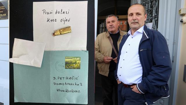 Kandidatu iz Karlovca stiglo je pismo sa čahurom u kojem stoji: 'Pravi metak dolazi kroz cijev'