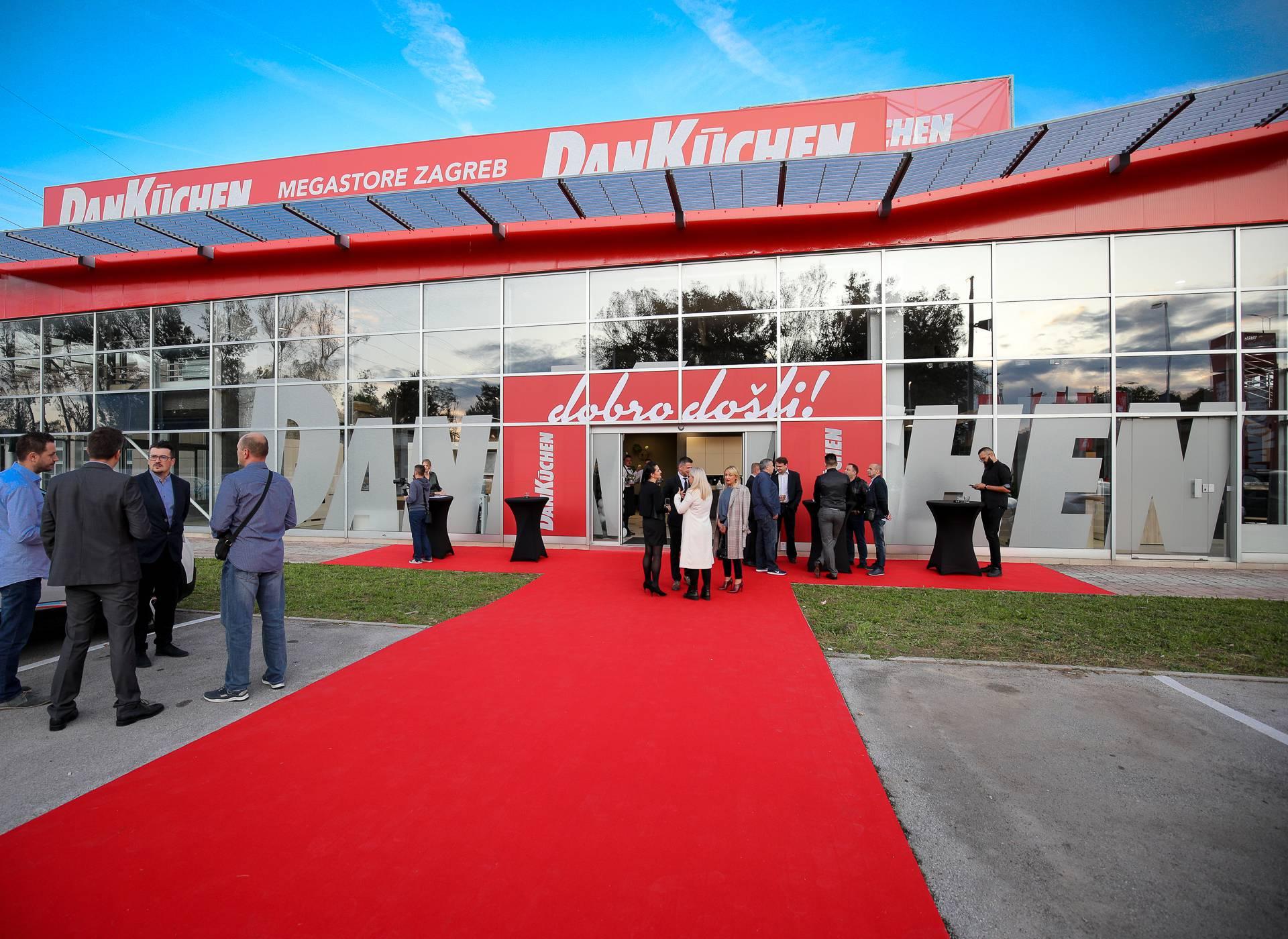 Zagreb: Otvoren najveći europski Danküchen Megastore