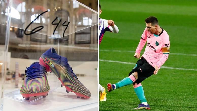 Messi stavio na dražbu kopačke kojima je oborio Peleov rekord