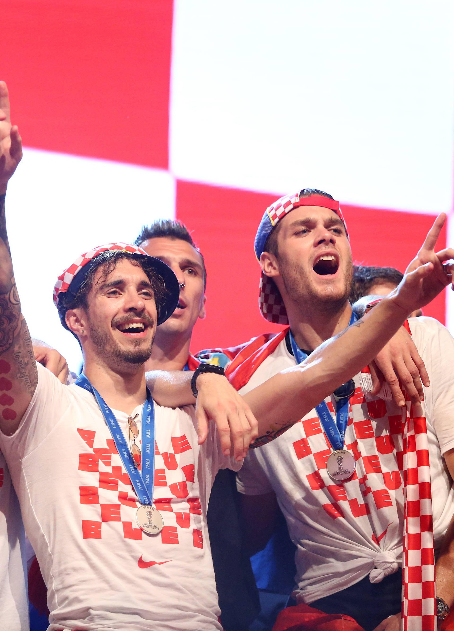 Svečani doček Vatrenih na Trgu bana Josipa Jelačića