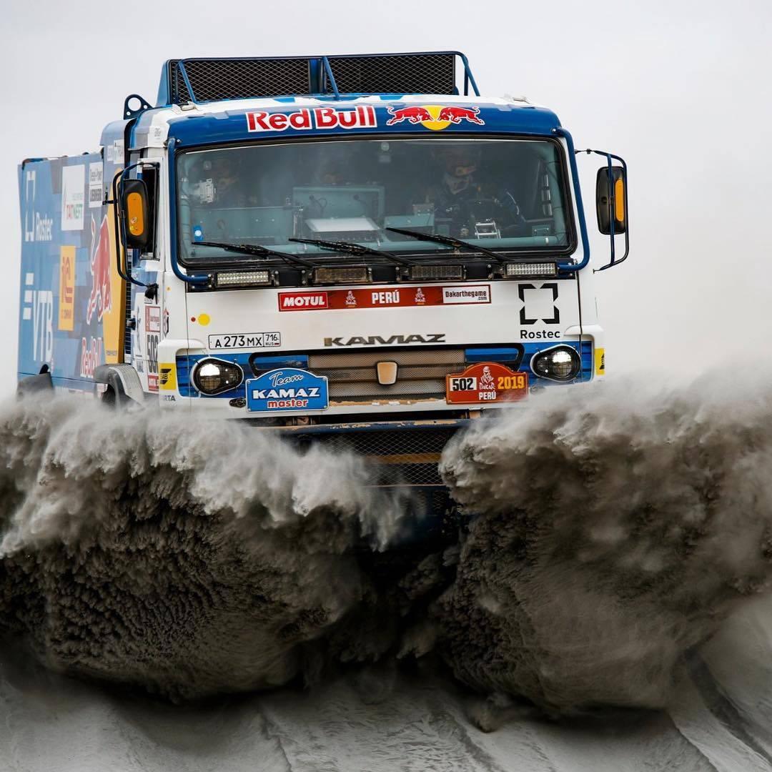 Užas na reliju: Vozač kamiona pregazio čovjeka usred pustinje