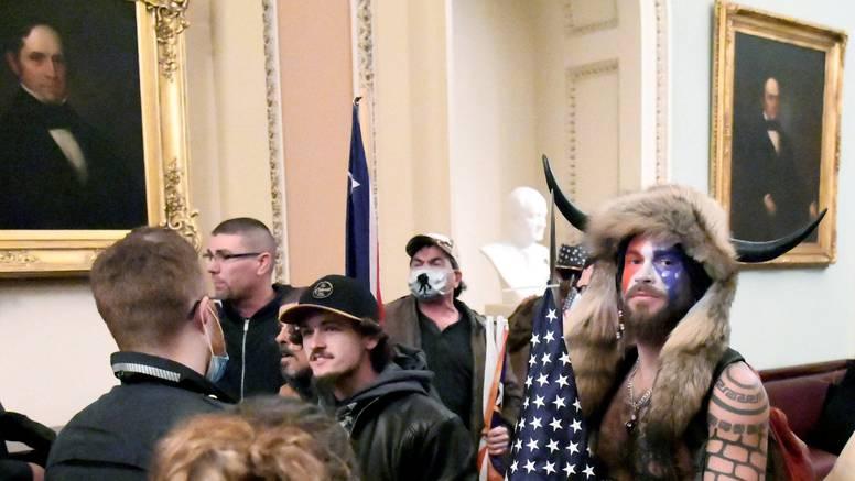 Šaman QAnona priznao krivnju za napad na zgradu Capitola
