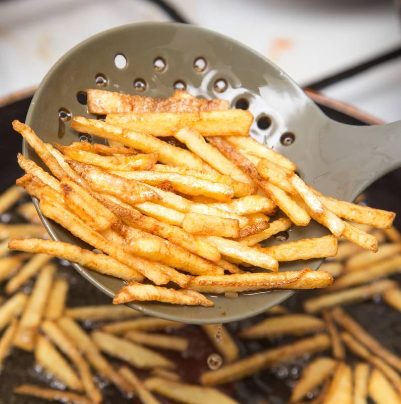 Trikovi poznatog chefa: Kako dobiti savršeno hrskav pomfrit