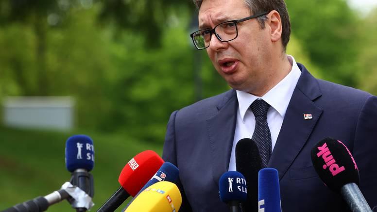 Vučić komentirao crnogorsku rezoluciju o Srebrenici: Nećemo donositi ishitrene odluke