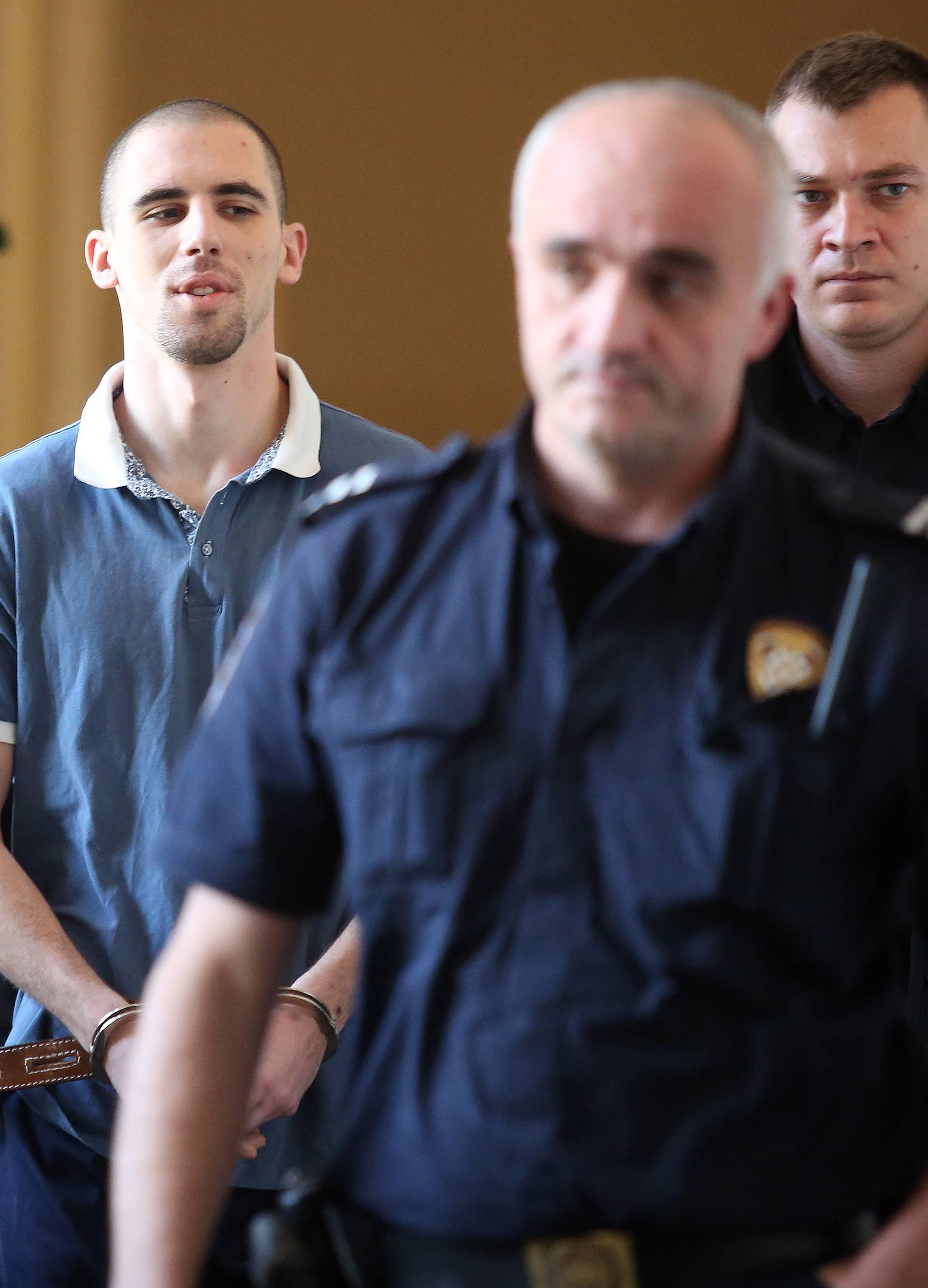 Rijeka:  Nastavak suđenja Dinu Kulišeku optuženom za ubojstva u Crikvenici