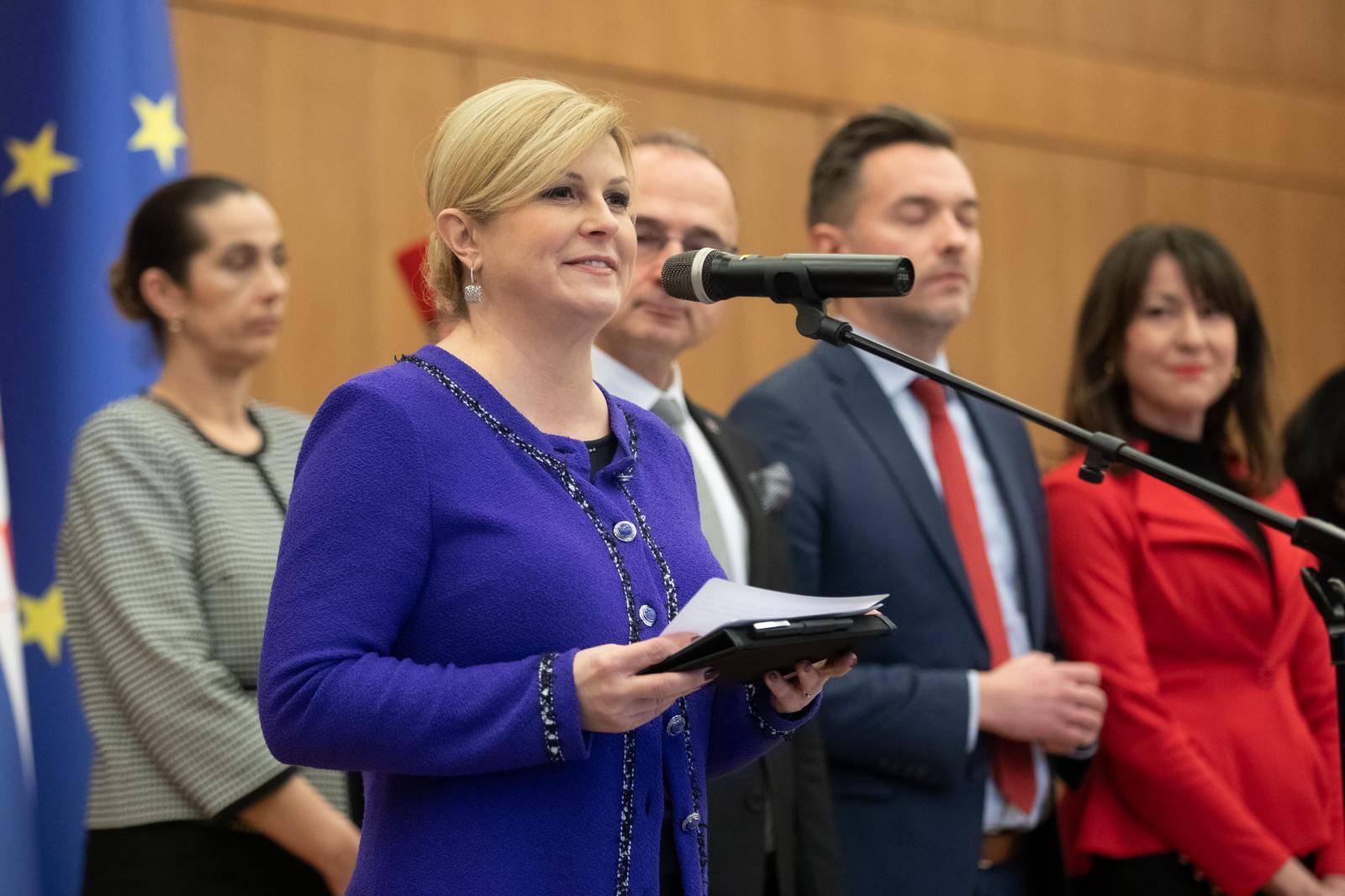 Zagreb: Predsjednica Republike uručila odlikovanja i priznanja