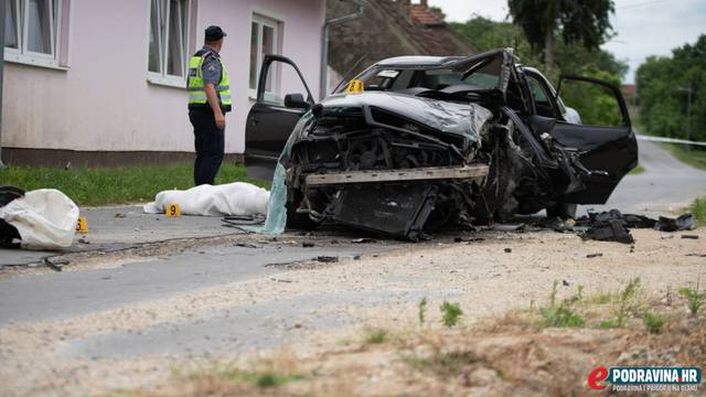 Nesreća kod Đurđevca: Auto je sletio s ceste, a mladić poginuo