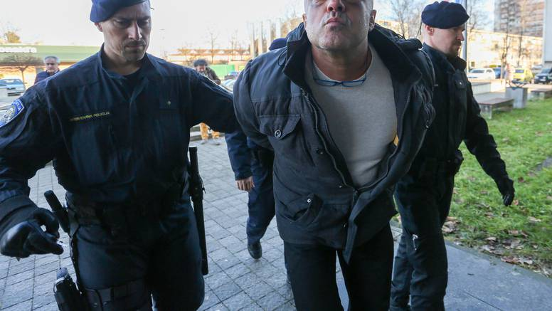 Osumnjičeni za pokušaj iznude ostaju u pritvoru te i dalje šute