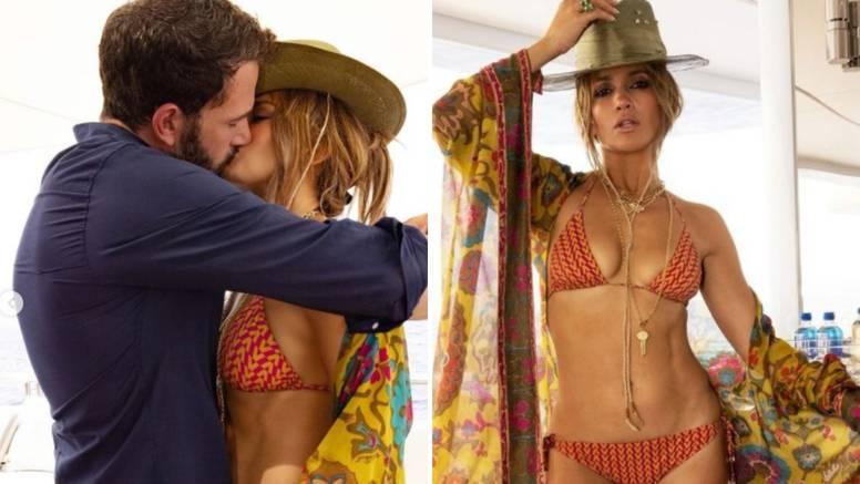 J.Lo i Ben Affleck objavili fotku strastvenog poljupca na jahti