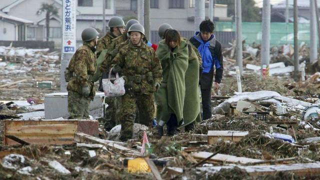Japan će bez skupova obilježiti godišnjicu razornog tsunamija