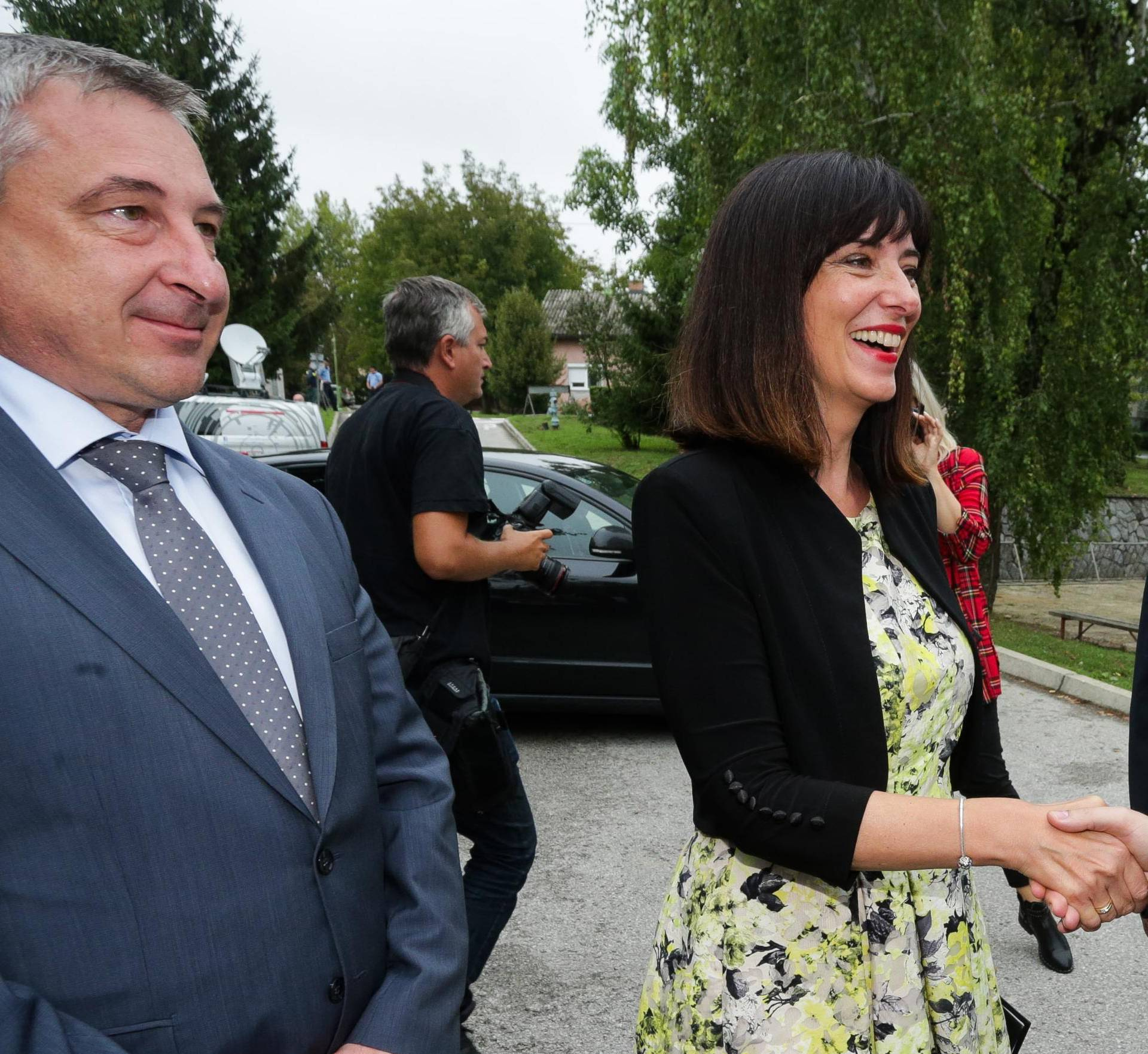 """Križ: Štromar i Divjak obišli OŠ Milke Trnine koja je uvrštena u program """"Škola za život"""""""