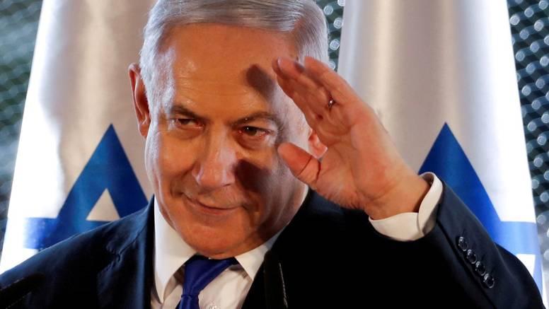 Zbog korupcije Netanyahua pozivaju da podnese ostavku