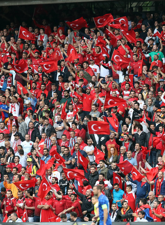 Turska predala kandidaturu za domaćinstvo nogometnog Eura