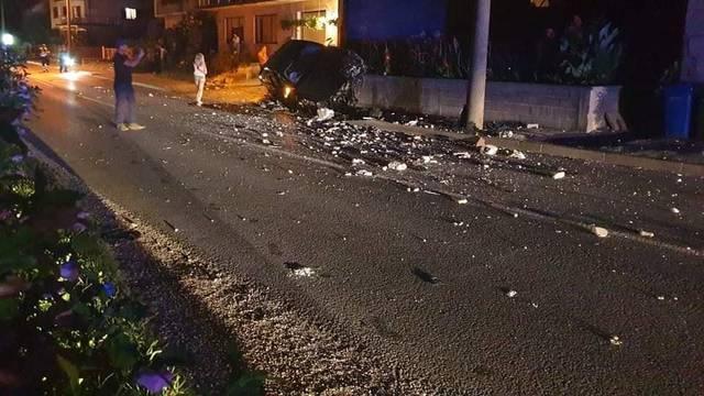 Autom se zabili u zid: Dvoje je ozlijeđeno, prevezeni u bolnicu