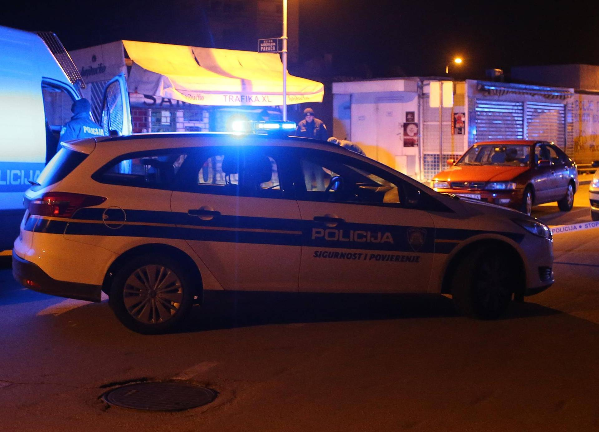Policija blokirala tramvajski promet zbog pretresa auta