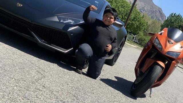 Ostvarili san dječaku koji je ukrao auto: Vozio  se s Foxxom