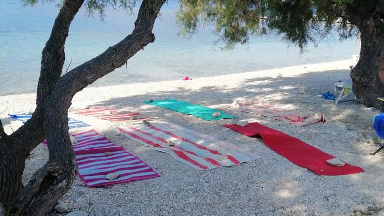 'Nema mjesta na plaži u 9, sve jerezervirano, anikog u moru'