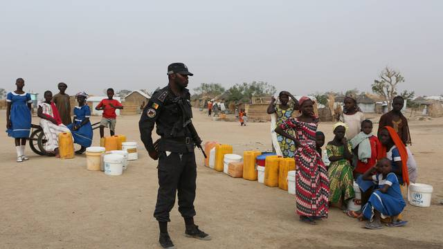 The Wider Image: Fighting Boko Haram in Cameroon