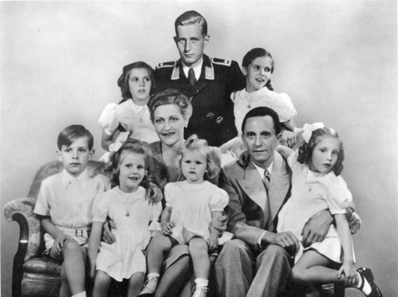 Svoje šestero djece je obukla u pidžame, počešljala ih i -  ubila