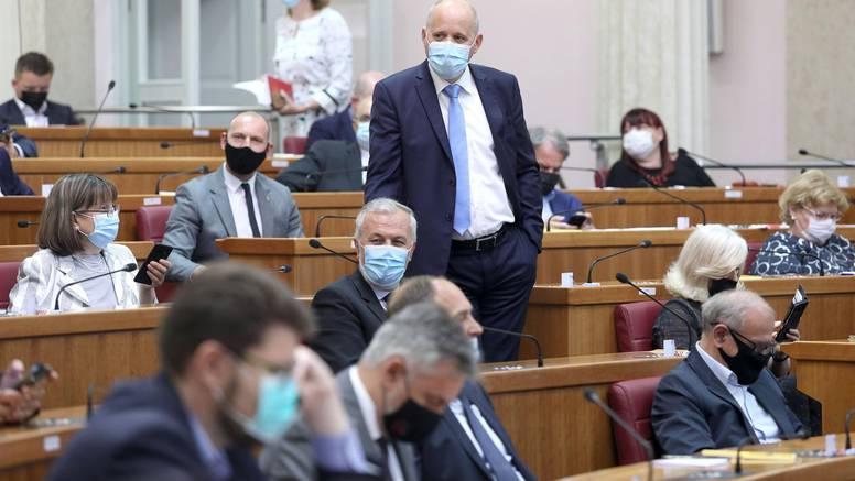 Bačić: Ni polovica oporbe nije glasala za Đurđević u Saboru