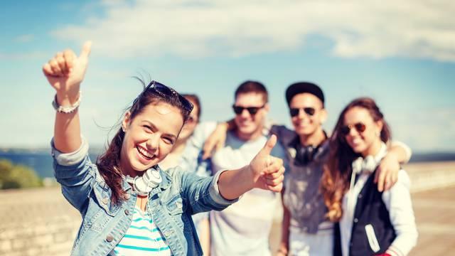 Generacije naših roditelja teže prihvaćaju kritiku od mladih...