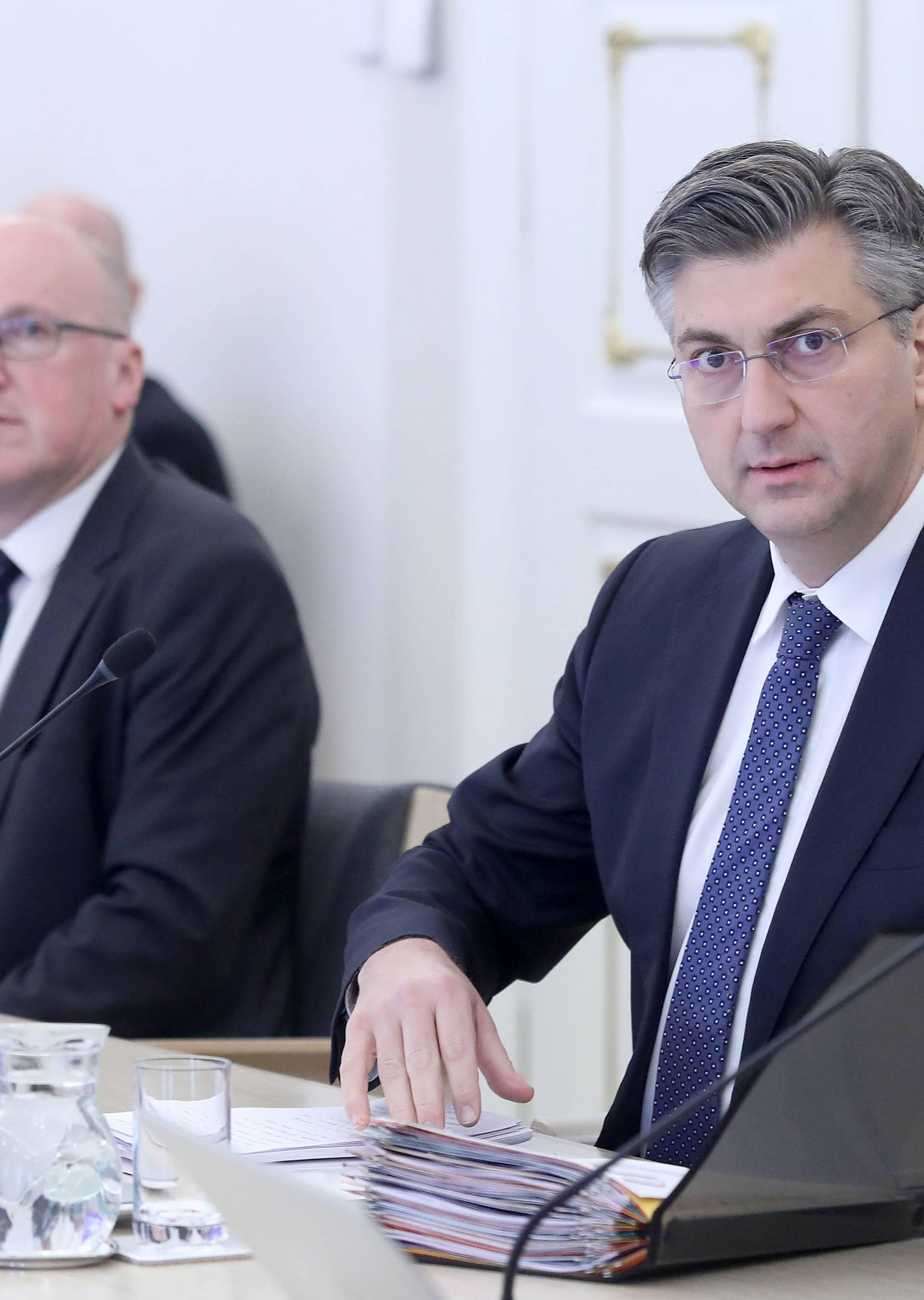 Zagreb: Na 209. sjednici Vlade o poduzetim mjerama protiv koronavirusa