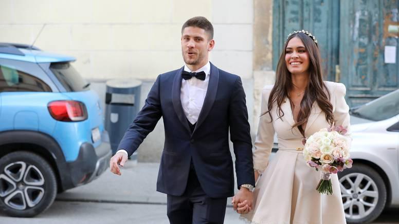 Nogometaš Kramarić i supruga Mia dobili sina, stigao je Viktor!