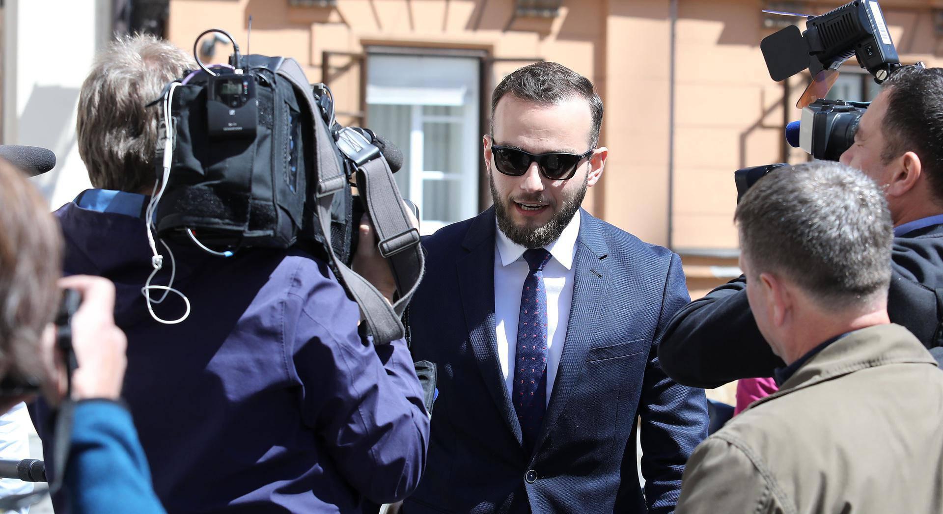 Zagreb: Ministar Aladrović dolazi u Banske dvore