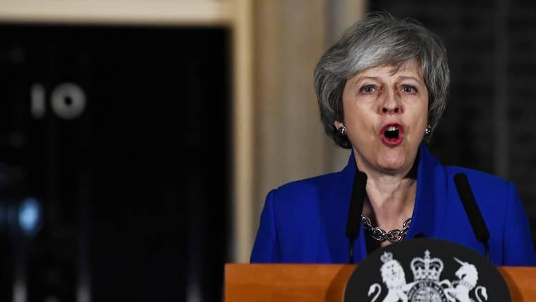 Traži plan B za izlaz, laburisti ne žele Brexit bez dogovora