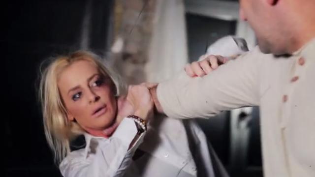 Milica Dabović je davljena kao u svom spotu protiv nasilja...
