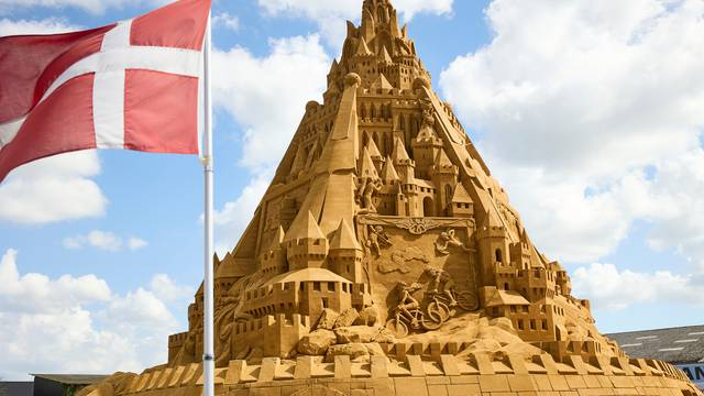 The world's tallest sand sculpture is seen in Blokhus