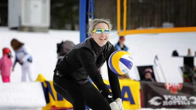 Šaljite vaše priče: Prvakinje Hrvatske u odbojci na snijegu