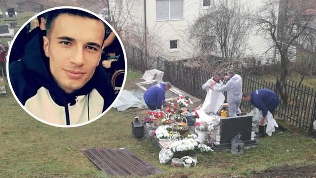 Ekshumirali su ostatke Davida Dragičevića, voze ga u Austriju