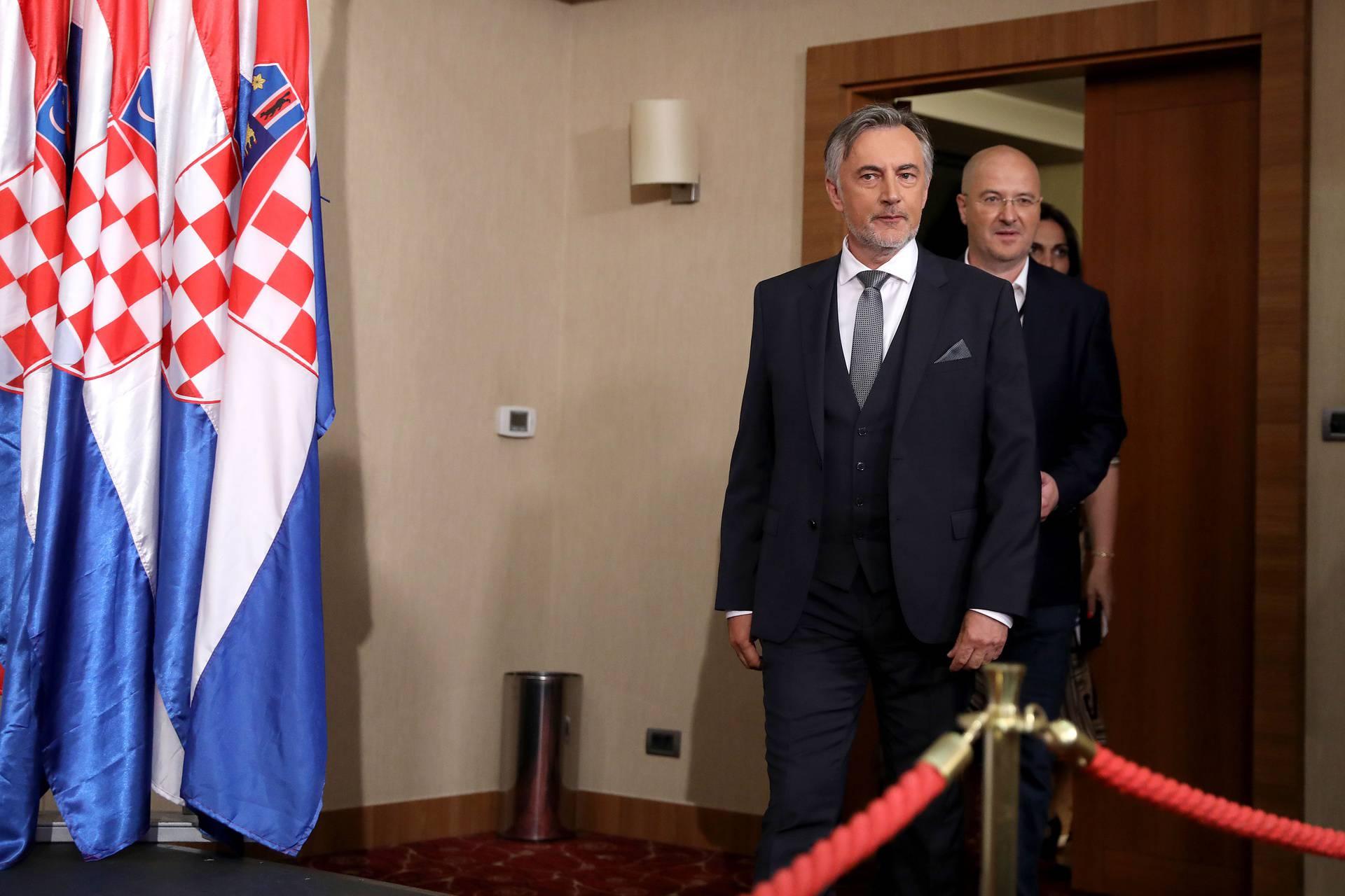 Škoro o prelasku članova u HDZ: 'Nitko neće napustiti ovaj brod Domovinskog pokreta'