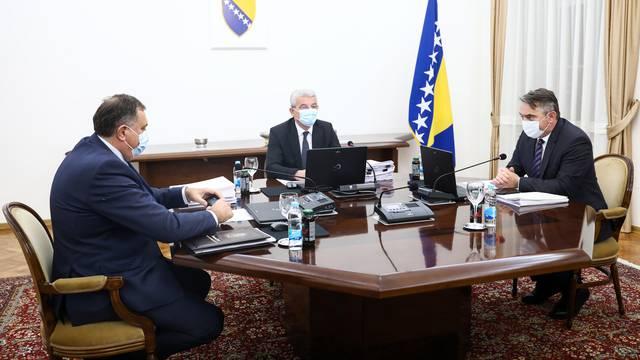 Džaferović, Komšić i Dodik: Dva tjedna usuglašavali izjavu o 25 godina Daytonskog sporazuma