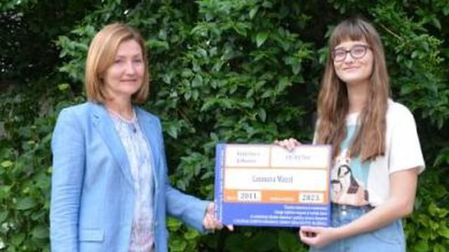 Leonora (14) je najčitateljica godine - 'guta' tri knjige tjedno