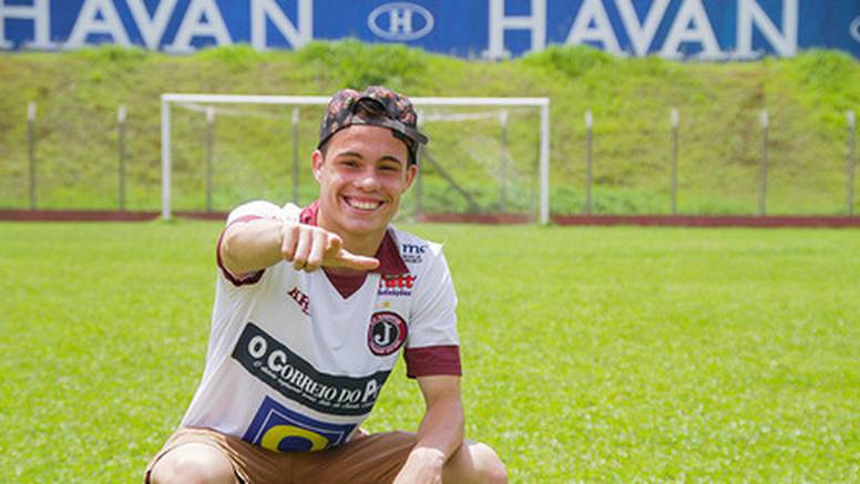 Ponikao u Palmeirasu, trebao u HSV, a sad potpisao za Zadar...
