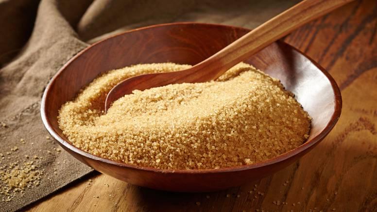 Kako čuvati smeđi šećer? Postoji način uz koji se neće stvrdnuti