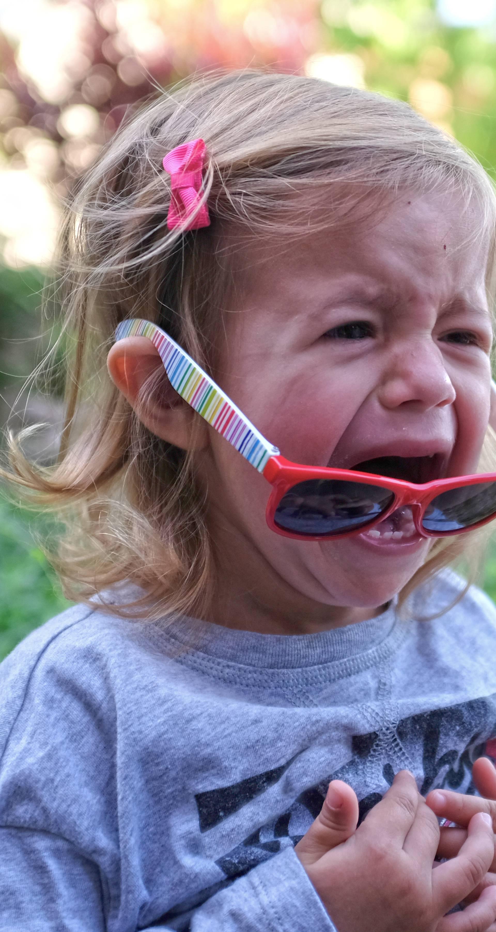Kako spriječiti bijesne ispade kod djece - razljutite ih za igru