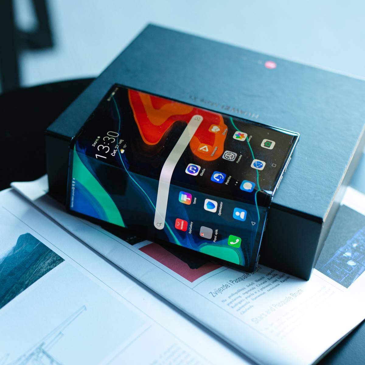 Pogledajte kako izgleda mobilni uređaj sa savitljivim ekranom