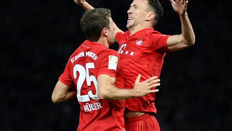 Bayern razbio Schalke! Perišić asistirao, Olmovi dečki izgubili
