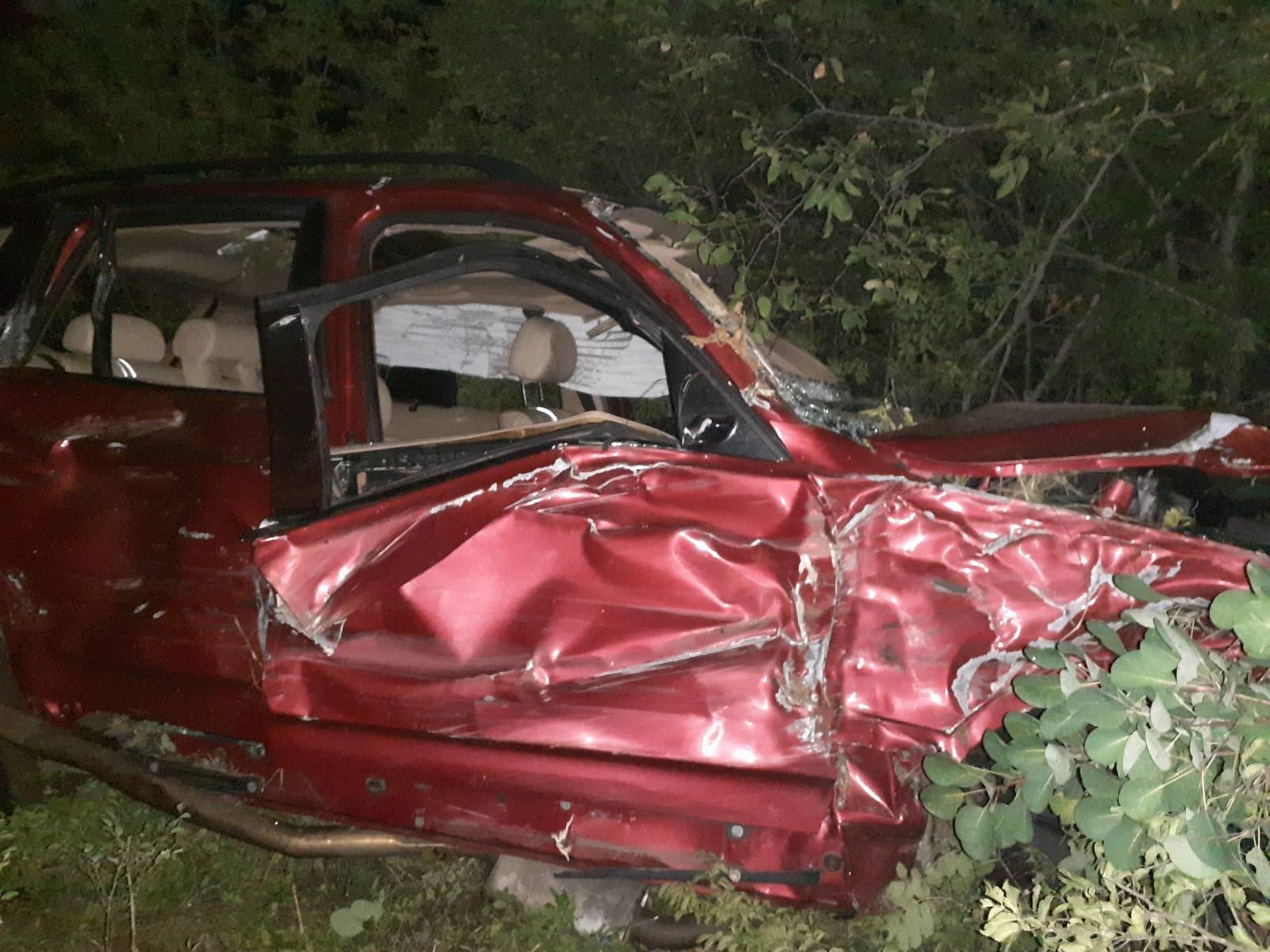 Užas u Zagori: Automobil sletio u provaliju, dva mladića kritično