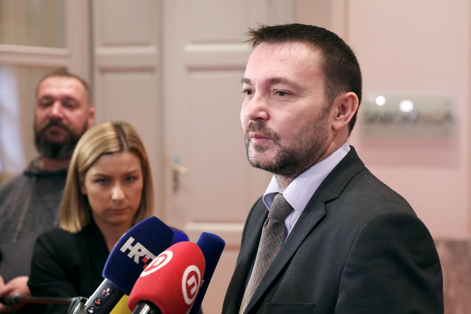 Zagreb: Arsen Bauk komentirao aktualna događanja