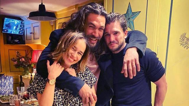 Emilia Clarke slavila rođendan u društvu ljubavnika sa seta